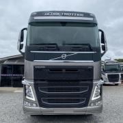 Ponteira Spoiler Similar ao Original para Caminhão Volvo Fh após 2015 Lado Direito
