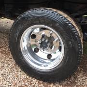 Roda de Alumínio Caminhão 3/4 17,5 x 6 Furos Redondo