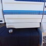 Saia Cabine em Fibra para Caminhão Scania T 112 / 113 / 142 / 143 Lado Direito