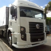Spoiler Bigodinho Para-Choque Dianteiro em Fibra para Caminhão Vw Constellation