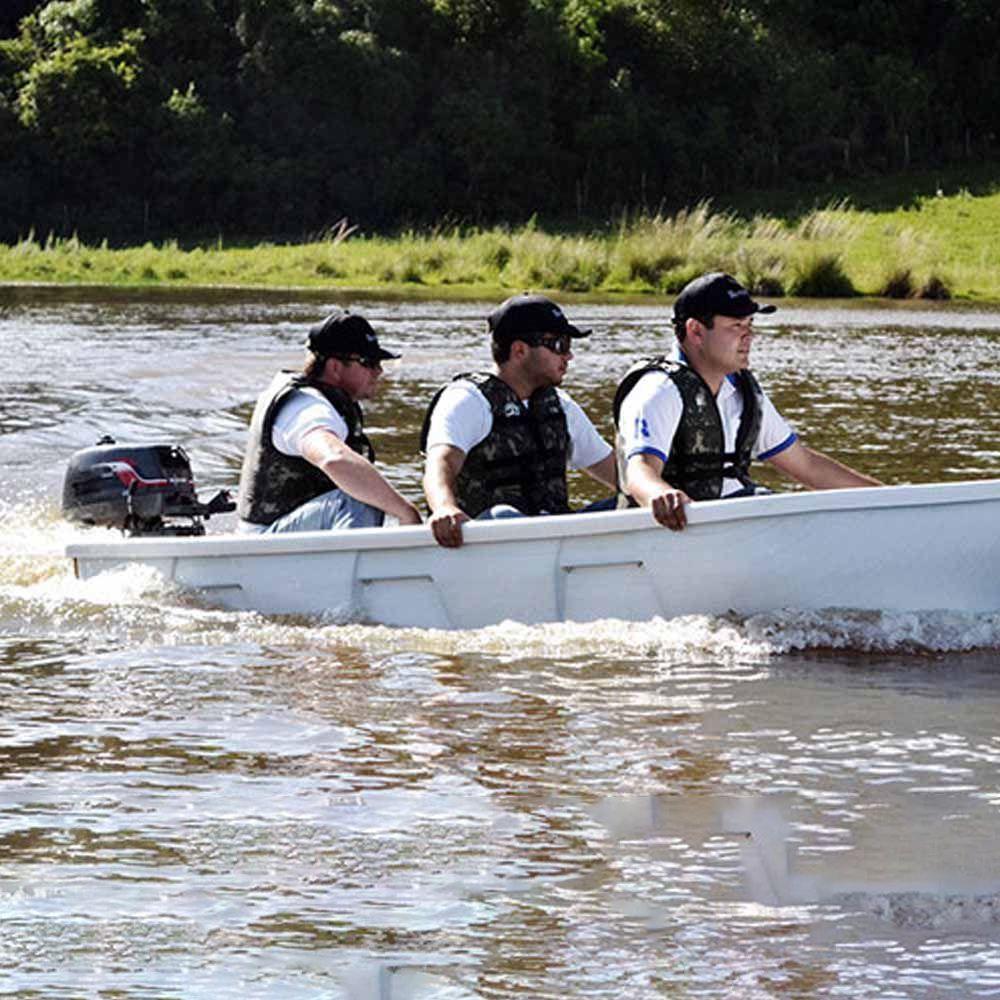 Barco Pescador em Plástico para 3 Lugares com  2 Remos