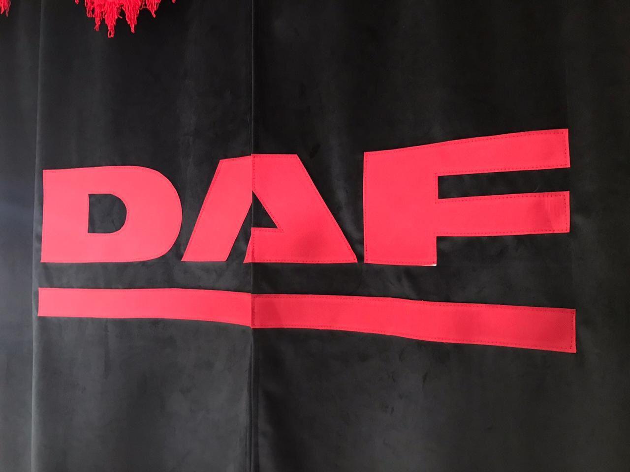 Cortina para Caminhão divisória (Meio) de veludo com logomarca