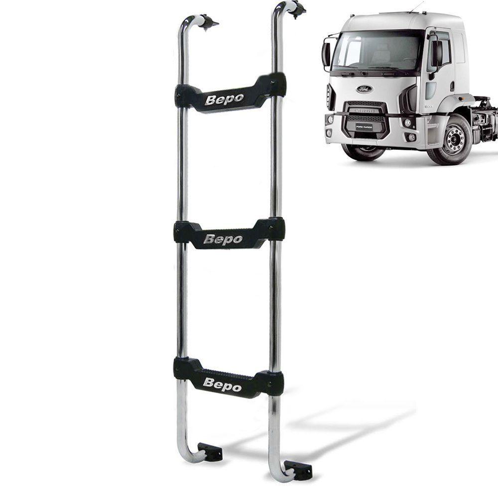Escada Traseira para caminhão Ford Cargo novo 2012 cabine baixa Preta