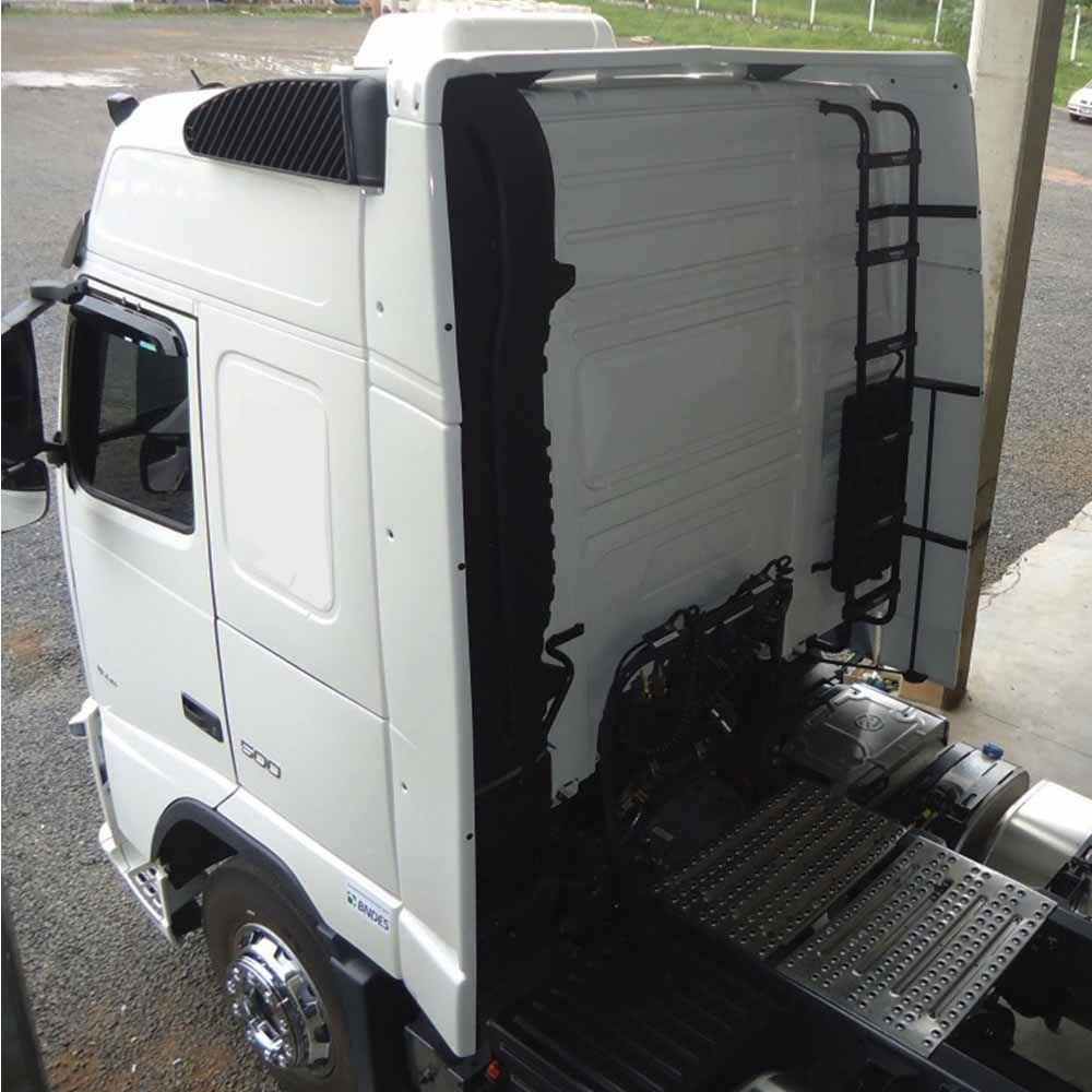 Lateral Cegonheiro Volvo FH Globetrotter Antigo Com Teto