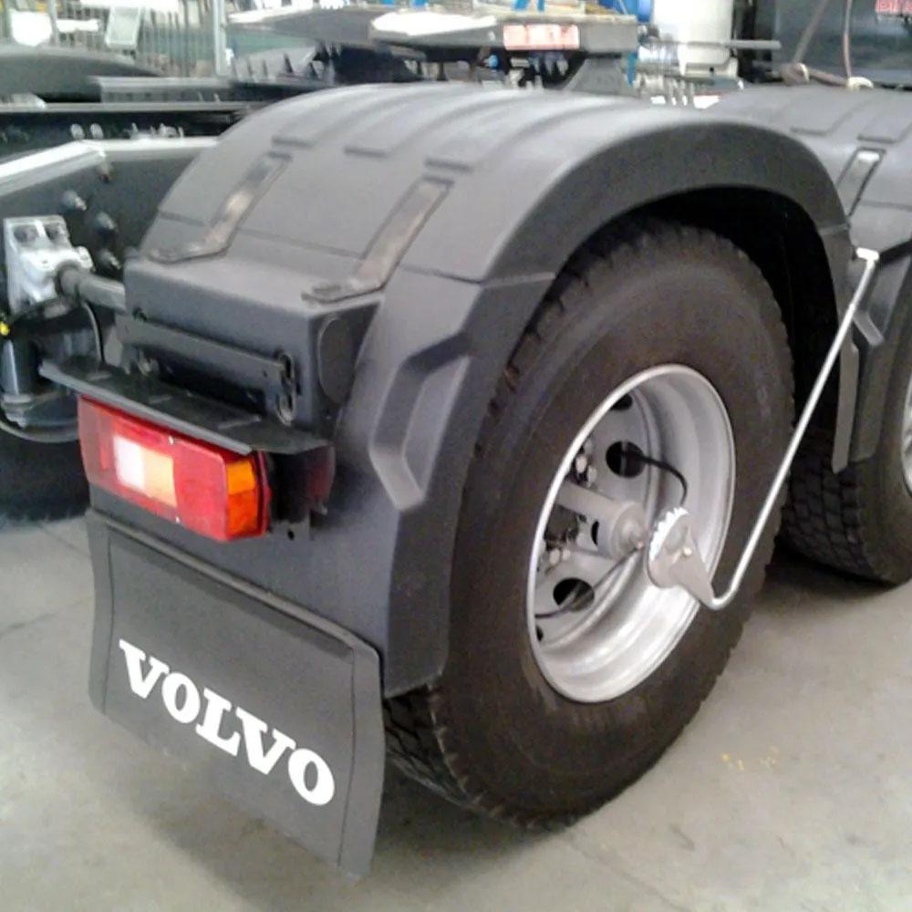 Centro Para-lama Volvo FH Novo (Centro Para-lama + 4 Presilhas)