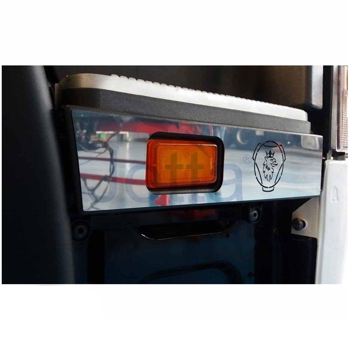 Par de Acabamentos em Inox Estribo Compatível com o Caminhão Scania S4 de 1998 à 2007