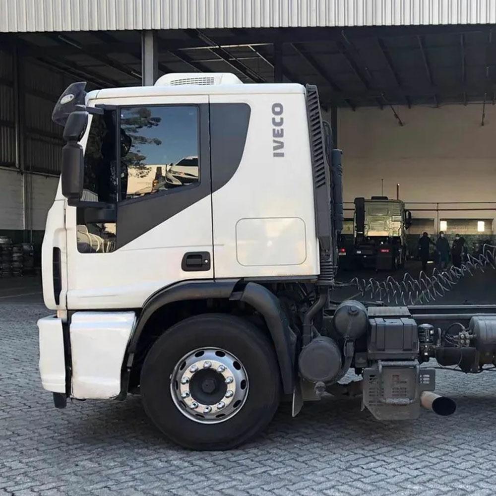 Tampa Caixa de Bateria para Caminhão Iveco Tector / Cursor / Eurocargo / Cavallino