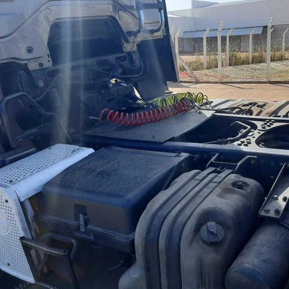 Tampa Caixa de Bateria para Caminhão Mb Axor até 2010 A9415410103ZC3