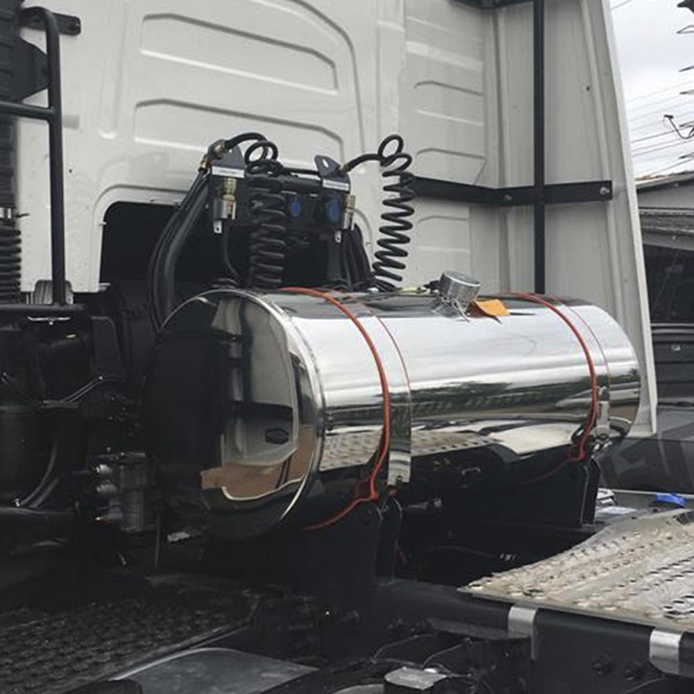 Tanque Cela Adicional Caminhão para Arla 32 em Inox 155 Litros Plataforma