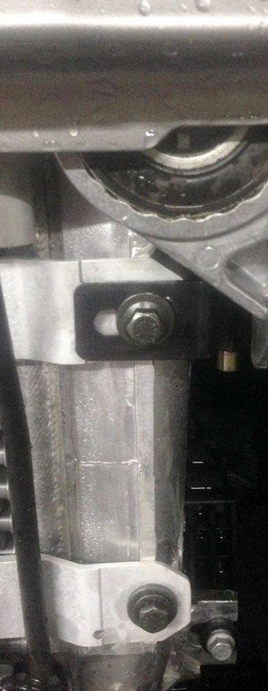 Trava antifurto Compatível com o Caminhão Scania cabine P grade e farol