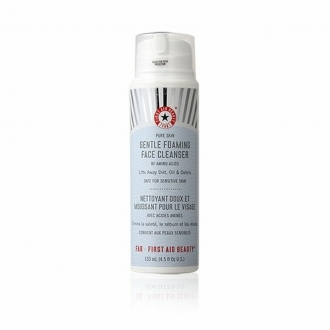 Gentle Foaming Face Cleanser FIRST AID BEAUTY