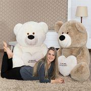 Urso de Pelúcia Super BIG Teddy Premium Gigante Grande 1,30 metros ou 130cm de largura com Coração Te Amo Mais que Chocolate! Este é O Presente ideal para os casais mais apaixonados!