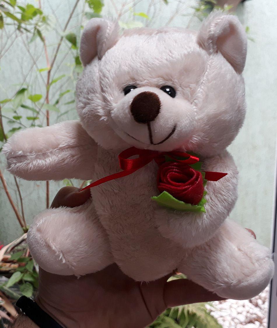 Mini Urso de Pelúcia Romântico 20cm - Ursinho Pequeno para decoração presente aniversário namorados artesanato enfeite quarto nicho decorações festas intantil bebê neném crianças