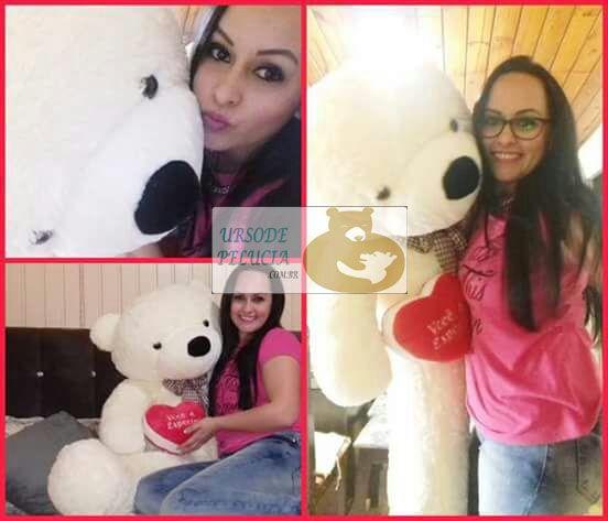 Urso de Pelúcia Creme Polar Gigante Grande 1,40 metros ou 140cm de altura + Coração Romântico