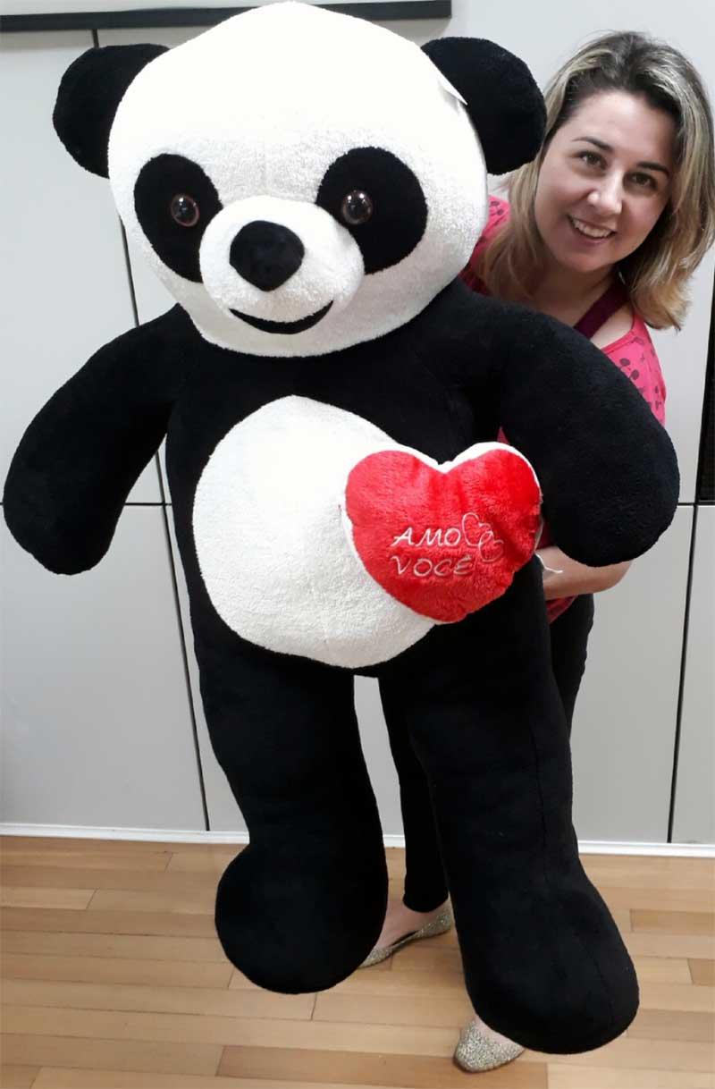 Urso de Pelúcia Panda Gigante Grande 1,20 metros ou 120cm de altura + Coração Romântico