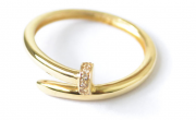 Anel Com Pedra Zircônia Em Ouro 18k