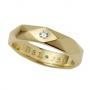 Aliança Facetada em Ouro 18k com Diamantes
