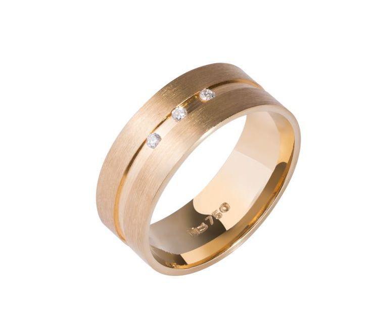 Aliança Reta Anatômica Fosca em Ouro com Diamantes