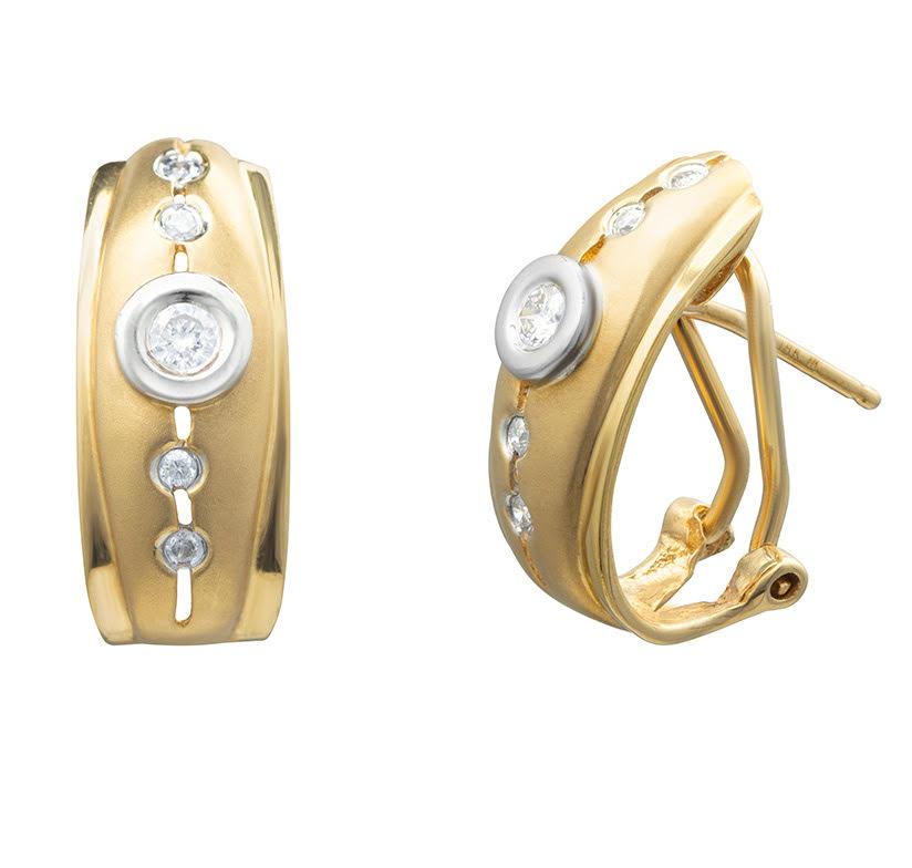 Brinco Meia Argola Com Diamantes Ouro 18k
