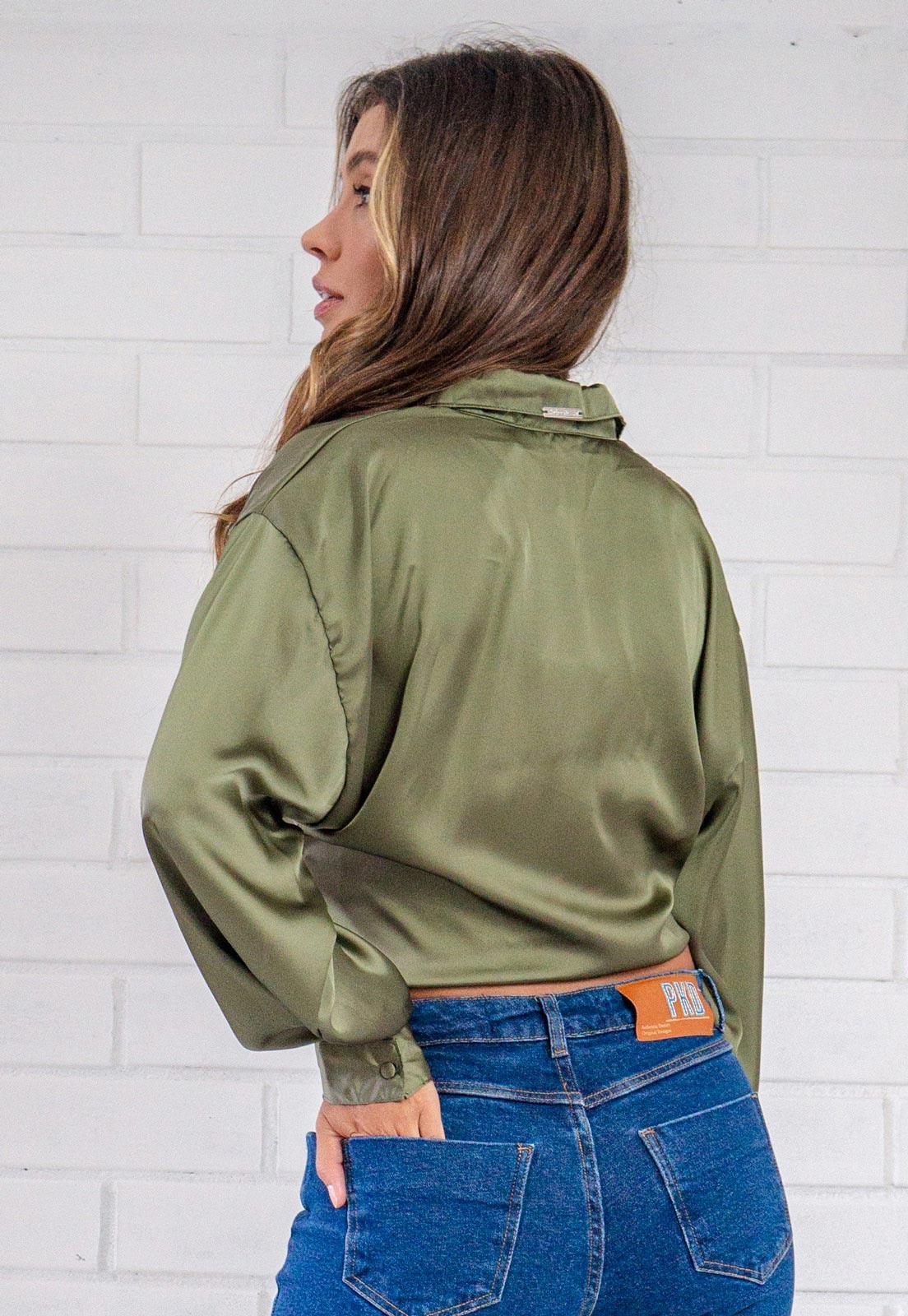 Camisa Glossy Cropped com Amarração Verde Militar Pkd