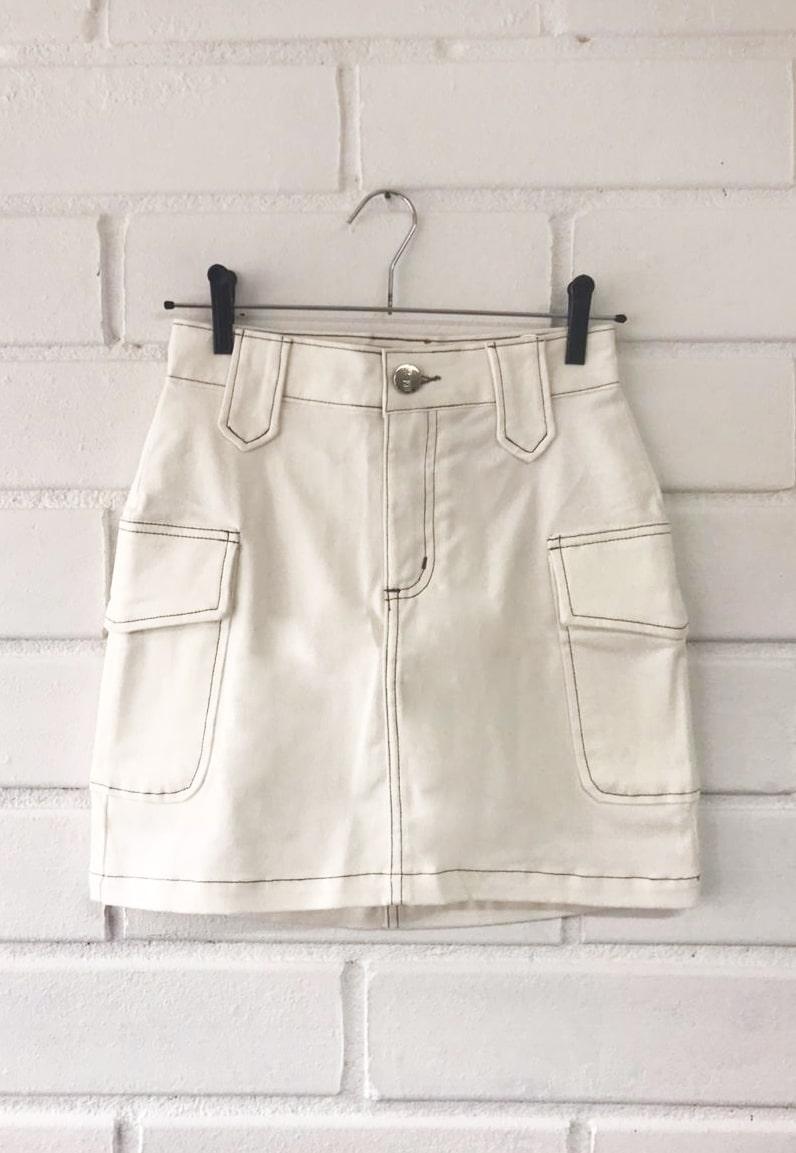 Saia Pkd Cintura Alta Pespontada com Bolsos Laterais Off White