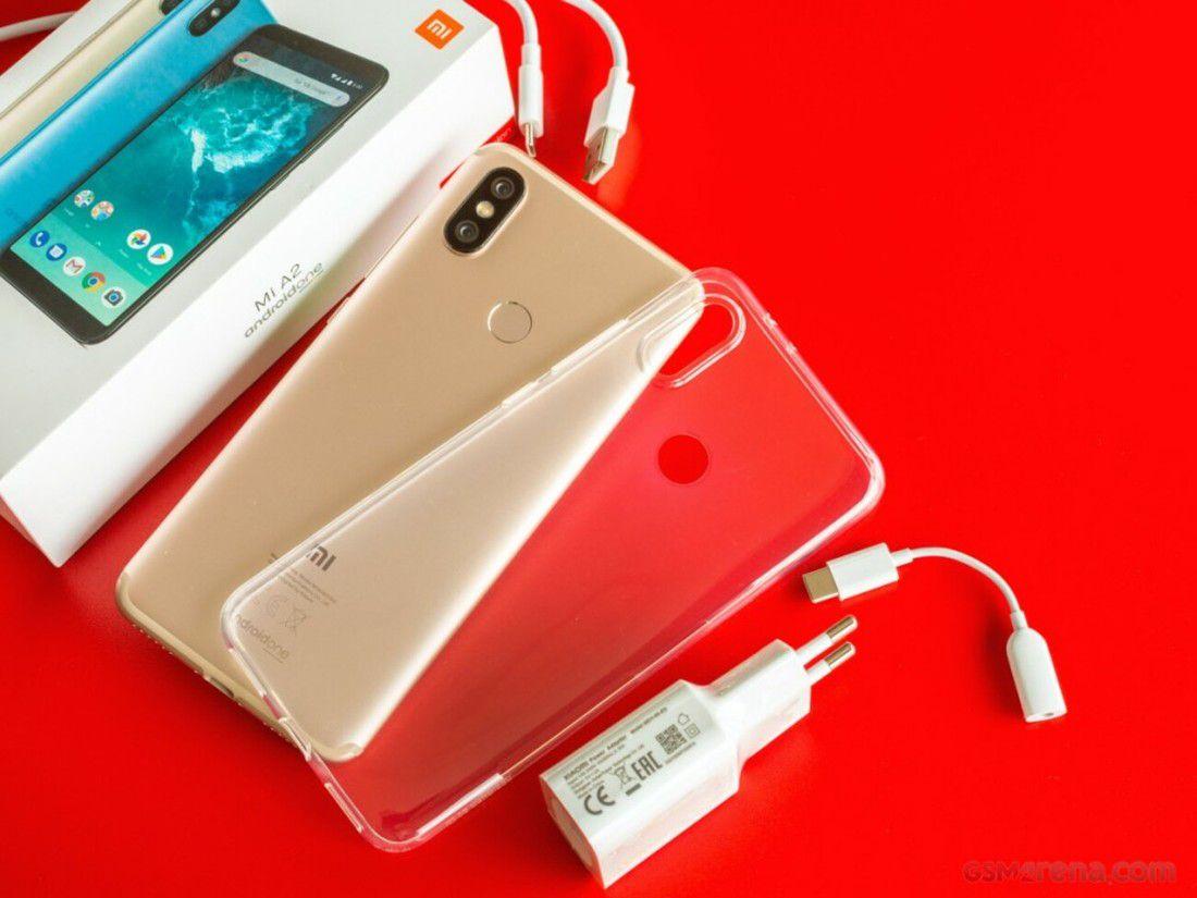 Smartphone Mi A2 4GB Ram Tela 5.99 64GB Camera Dupla 12+20MP - Dourado  - PAGDEPOIS