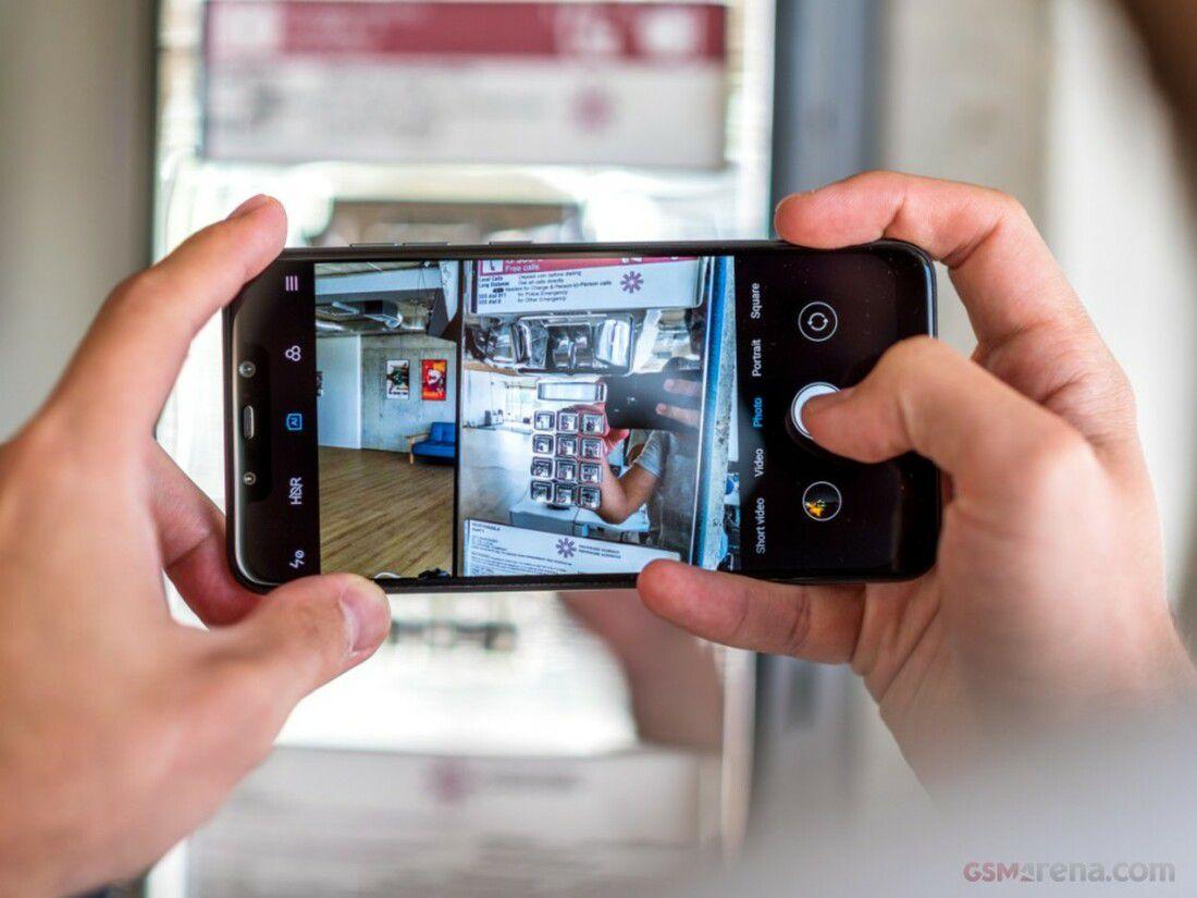 Smartphone Pocophone F1 6GB Ram Tela 6.18 64GB Camera Dupla 12+5MP - Preto  - PAGDEPOIS