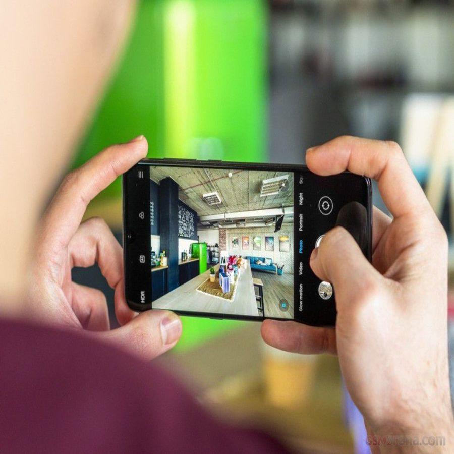 Smartphone Xiaomi Mi 9 6GB Ram Tela 6.39 128GB Camera Tripla 48+16+12MP - Preto  - PAGDEPOIS
