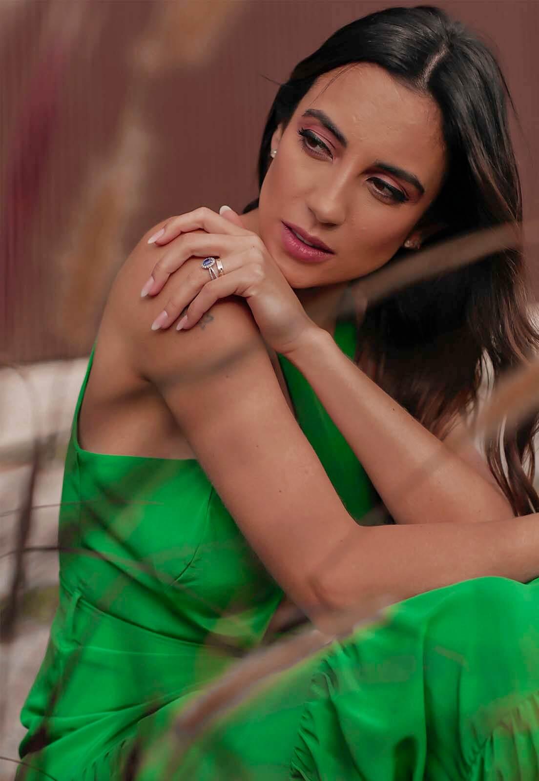 Vestido Camadas Verde Esmeralda