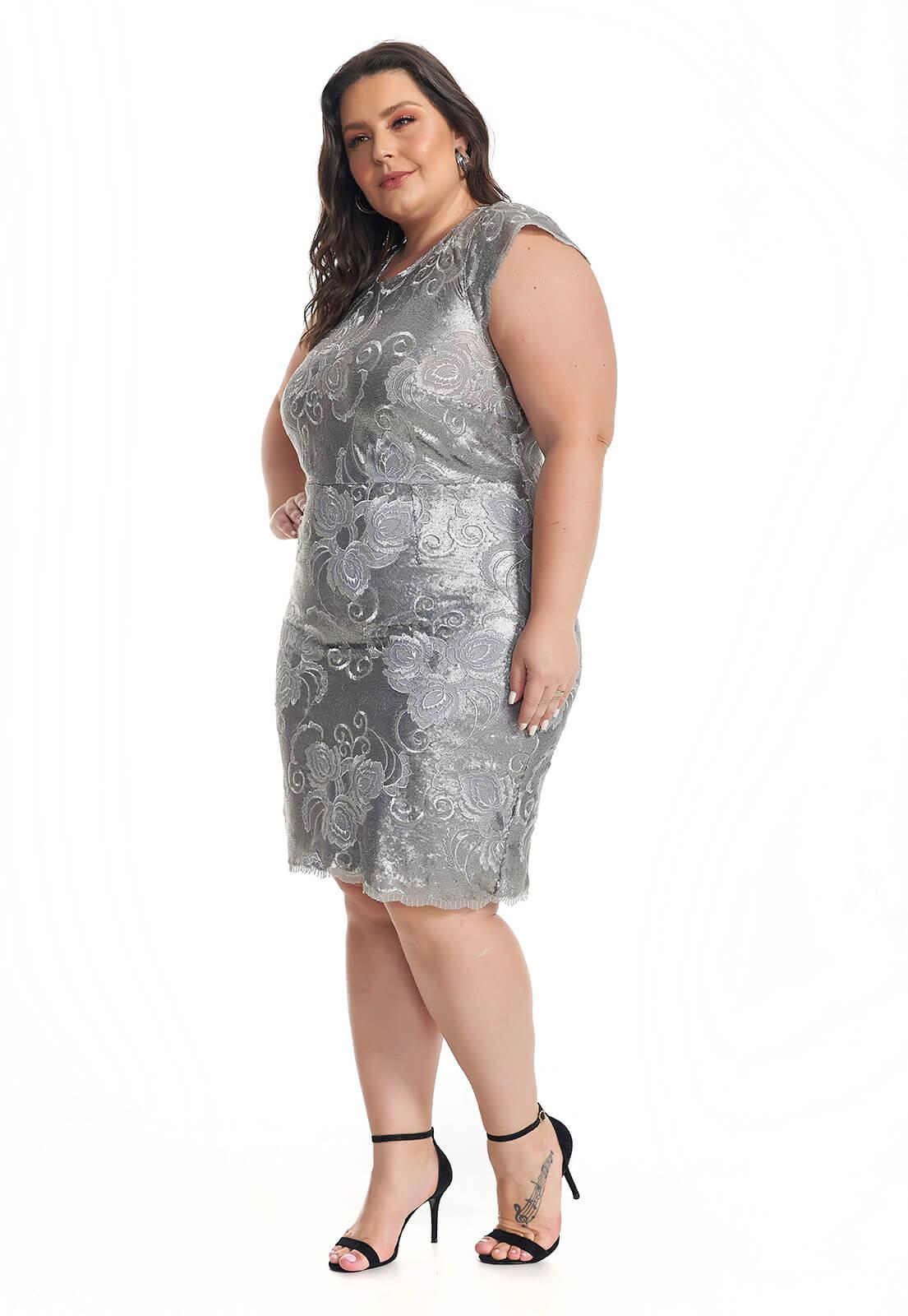 Vestido Plus Size Paetê Prata