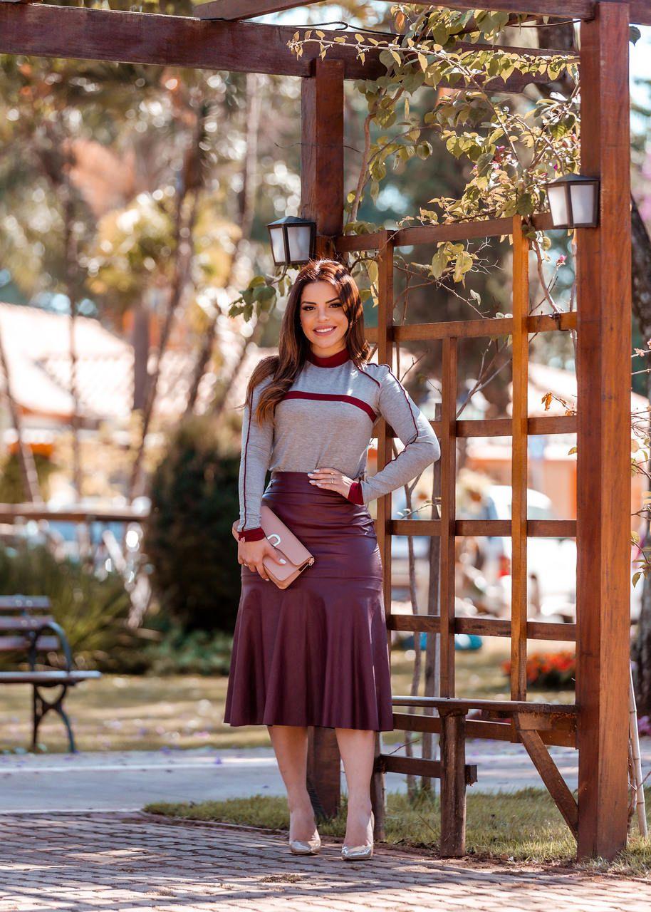 Blusa Feminina em malha com vivos Moda Evangélica Luciana Pais