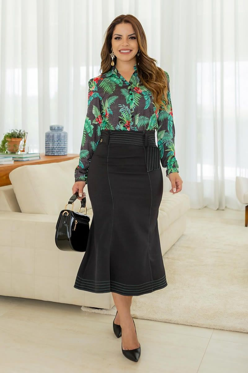 Camisa feminina estampa folhas em seda kauly