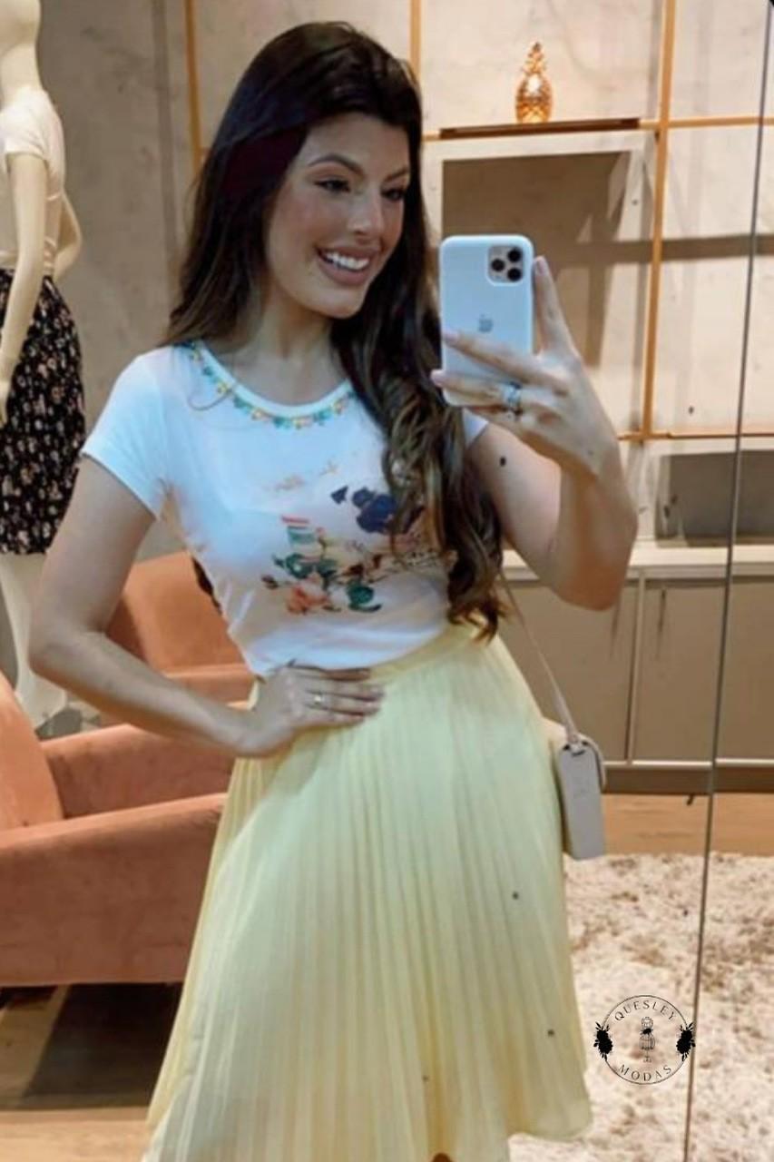 T-Shirt Feminina bordada com pérolas estampa exclusiva Doguinho Victórias Princess