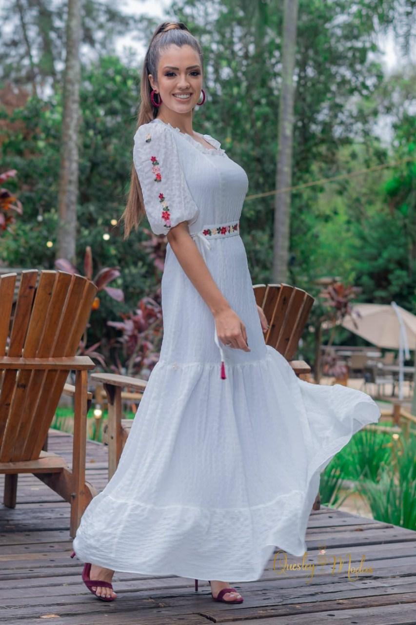 Vestido feminino longo com aplicação Luciana Pais