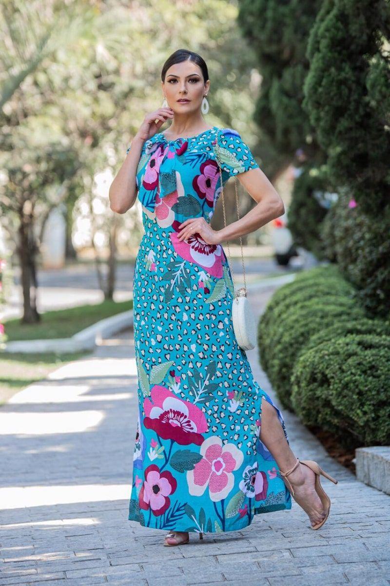 Vestido longo estampado com amarração no decote moda evangélica