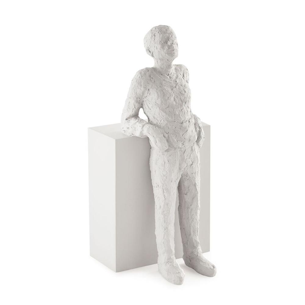Escultura Pessoa em Poliresina - Mart Collection