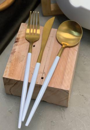 Faqueiro 24 Peças Aço Inox Kyoto Dourado e Branco - Rojemac  - Haus In