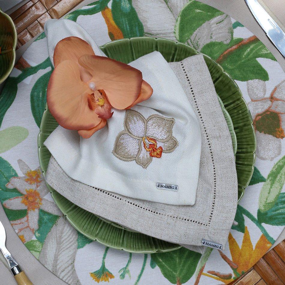 Guardanapo Linhão Off White Bordado Orquídea Fendi - Mameg  - Haus In