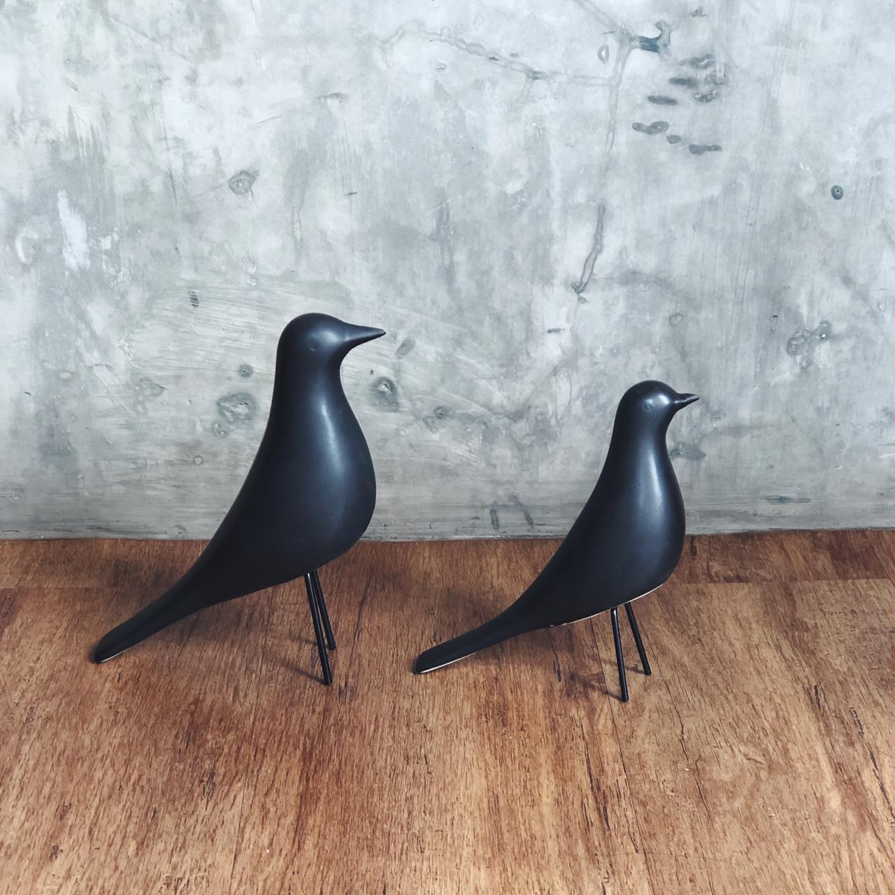 Pássaro Preto em Cerâmica P - Mart Collection