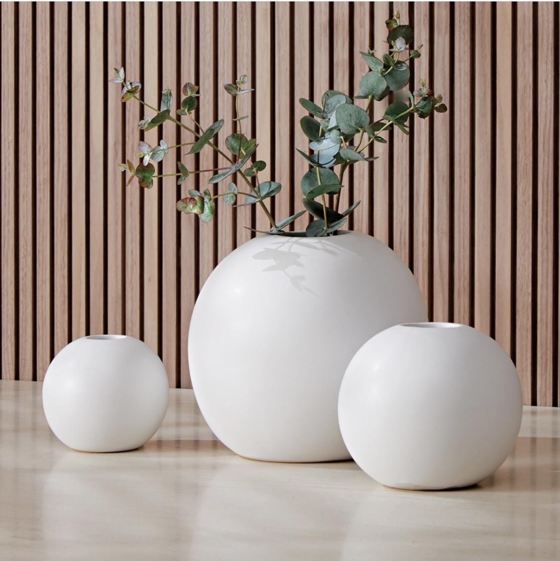 Vaso Bolinha Branco Decorativo Cerâmica G - Mart Collection