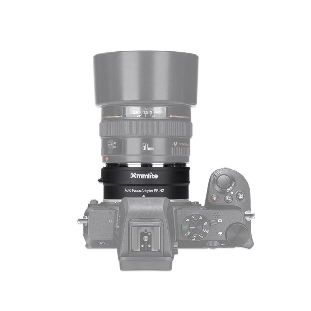 Adaptador Commlite CM-AEF-MFT Lente Canon EF para Câmeras M4/3 com Íris Eletrônica Speed Booster