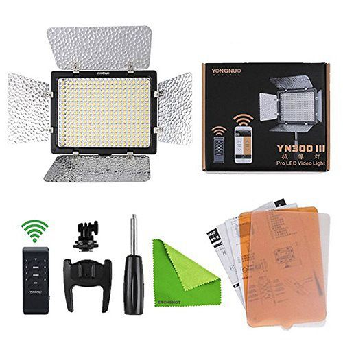 Iluminador de LED Yongnuo YN300 III c/ Filtros