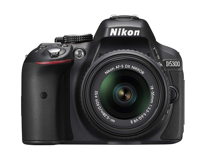 Câmera Nikon D5300 DSLR c/ Lente 18-55mm