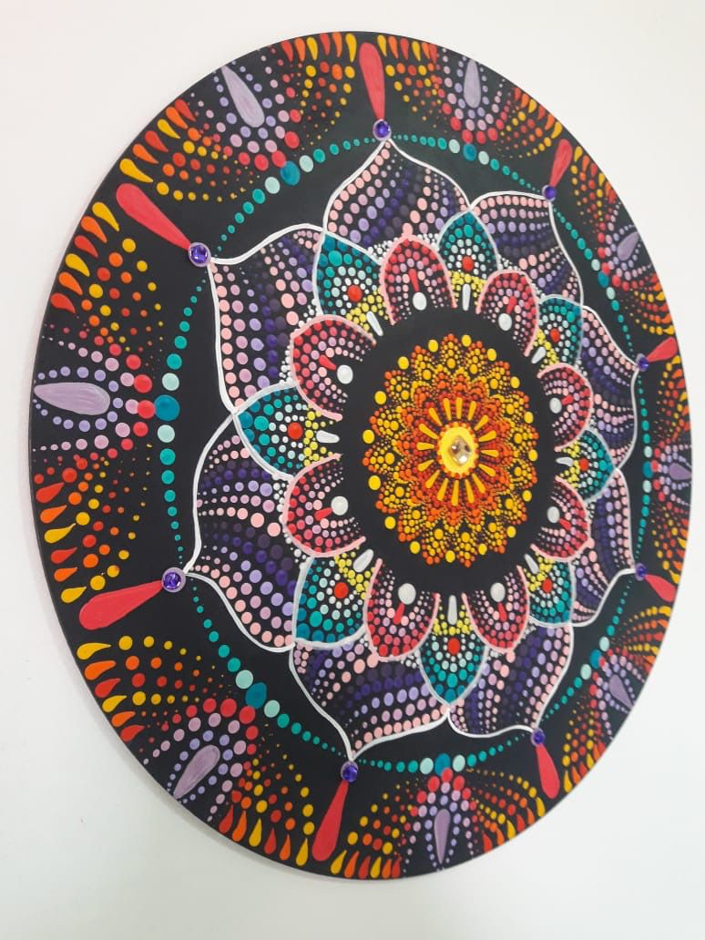 Mandala Terapêutica Decorativa de Parede MDF e Pintura Livre 35 cm