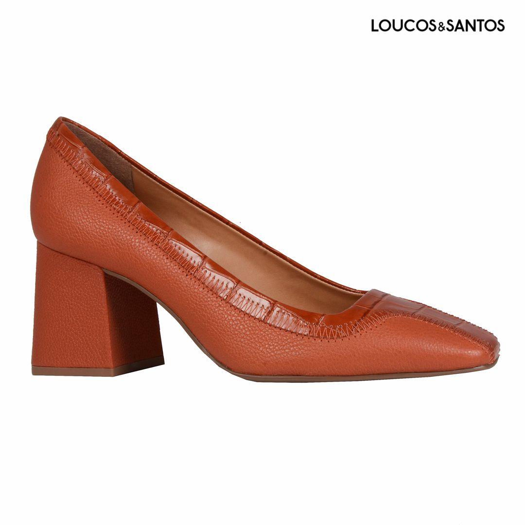 Sapato Terracota Loucos e Santos
