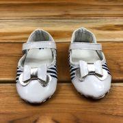 Calçado Branco com Velcro