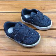 Calçado Jeans com Velcro