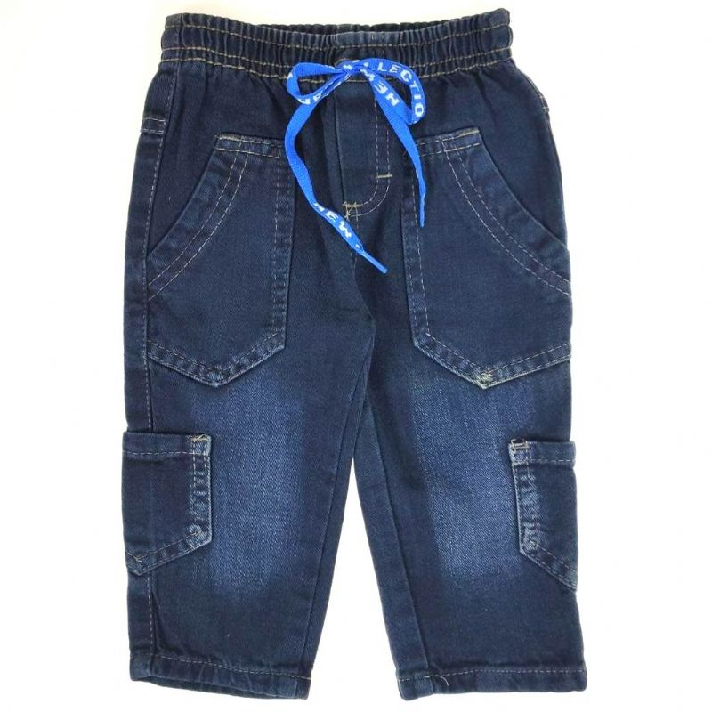 Calça Jeans com Bolso Lateral