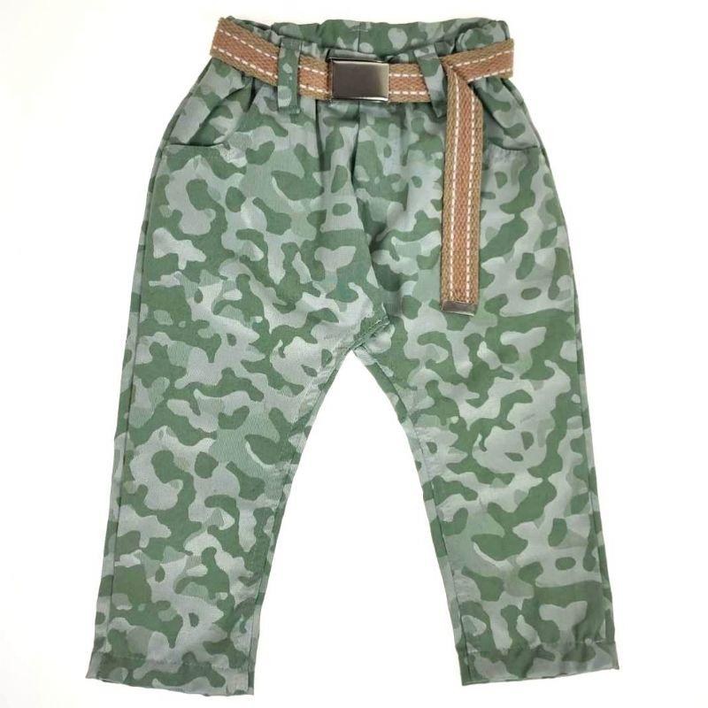 Calça Sarja Estampa Camuflada Verde com Cinto Kox