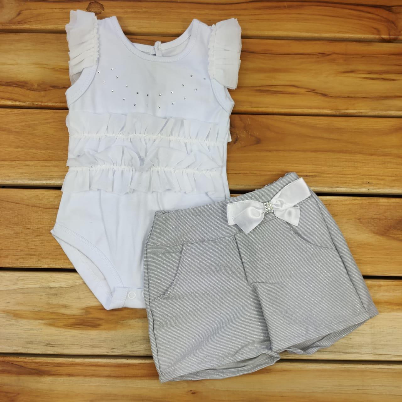 Conjunto Curto Body Branco com Shorts Cinza em Tecido Kox
